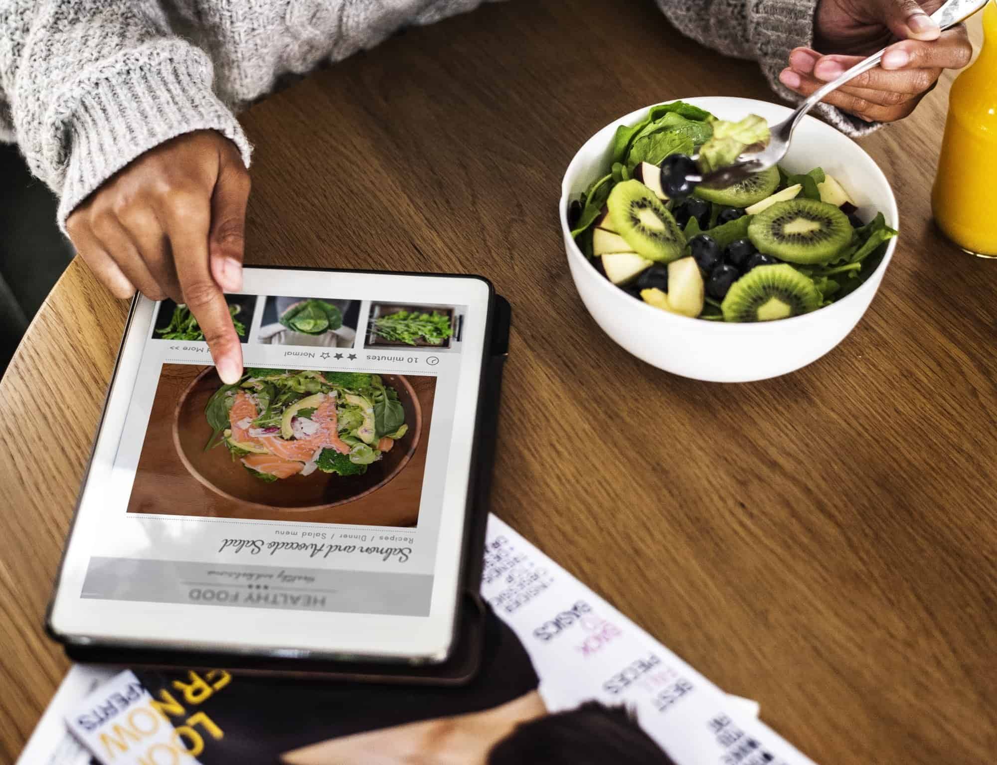 Woman looking for healthy food online